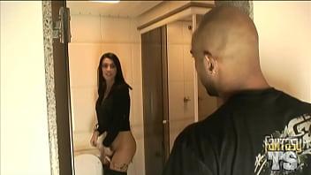 Trannies pissing in restroom