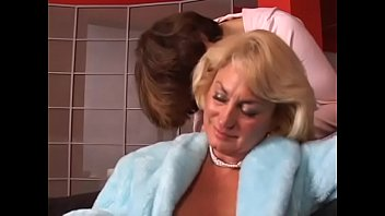 Hot mature lady with perfect boobs gets her wet twat licked by y. babe