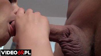 Darmowe filmy erotyczne - Dagmara robi loda - występuje Dagmara