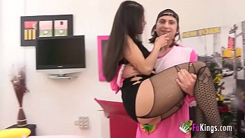 Liters of pussy juices of pleasure in little Filipe the ratkid