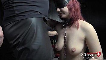 Die geile Studentin Leonie erlebt zum ersten Mal als Sklavin harten Bondagefuck beim SM-Casting. Young Student Leonie used as a Sex-Slave… Young Sex-Slave Leonie get used from her Master