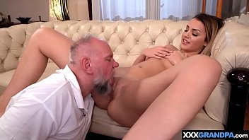 Meeky old dude drilling a freshly shaved cunt hard