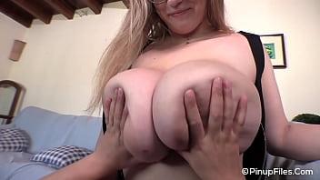blond big Boobs massage