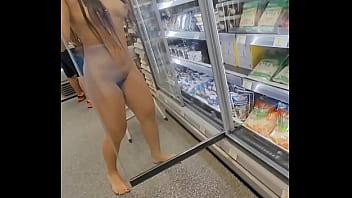 Luana Kazaki pelada em Cap Dagde