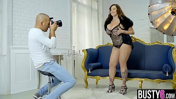 Huge tits mature big beautiful woman pussy banged