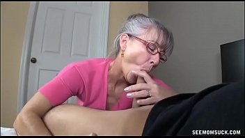 elle veut sa bite dans...