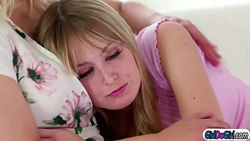 New busty stepmom Sarah Vandella has to deal with spoiled brat Scarlett Sage.Turns out Scarlett just wanted to have sex with her.They start kissing and Sarah is facesitted by her stepteen.But Sarah wants to cum as well and facesits the brat