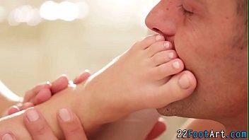 Teen gets feet cumshot