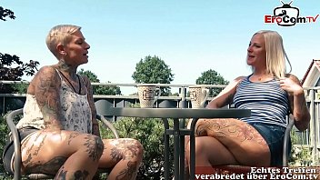 Deutsche Lesben haben das erste mal Analsex