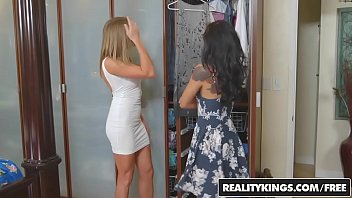 RealityKings - mamans Bang adolescentes...