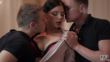 The Alice, Eva Berger, & Natasha Starr Big Cock Threesome