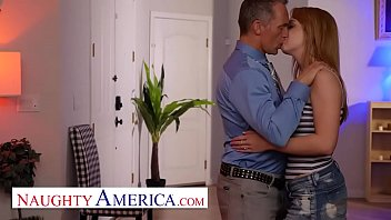 Nikole Nash bangs her besties father in the carwash