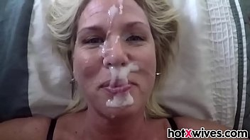 Blonde wife gets facialized