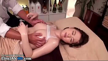 Jav massage with 18yo beauty went too far
