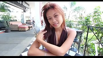 Curvy thai playgirl impaled on schlong