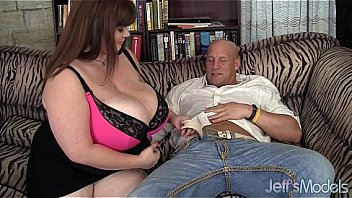 Big boobed Lexxxi Luxe gets fucked dog style