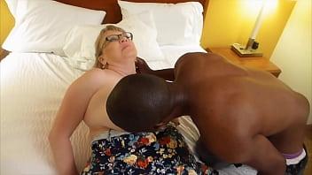 GIlf takes on muscly black boy