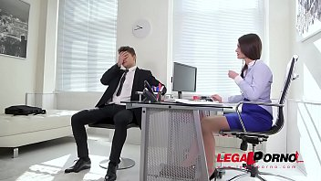 Extremely hot secretary Lana Seymour rides big veiny cock with her asshole GP601