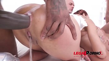 Veronica Leal Balls Deep Fucking 3on1 With Dp & Piss Drinking Sz2297 thumbnail