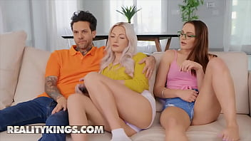 Reality Kings - RK Prime - Aften Opal, Small Hands - UnderCOVER Blowjob