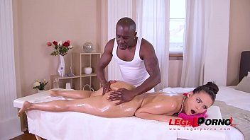 Big ass glamour model Andreina De Luxe oiled & fucked with big black cock GP783