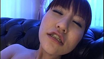 Misuzu Imai fingers her aroused love box