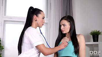Epic lesbian XXX action with clit-hungry Doc Anne Rose fingering Eurogirl Lee Anne