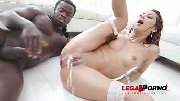 Veronica Leal Vs 5 BBC insane interracial anal and DP with a lot of piss drinking SZ2520