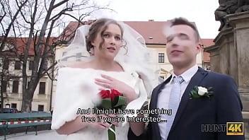HUNT4K. Cameraman meets teen couple in Prague and offers good money