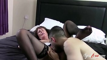 Mature lady got her pleasure hole drilled hard