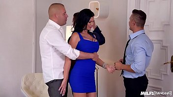 Milf banging leads to hardcore foursome with top-heavy cum lover Jasmine Jae