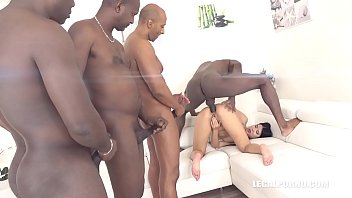 Sexy bitch Lady Dee is coming to try black cocks IV218