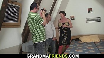Threesome with old granny in red lingerie