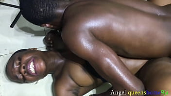 College girl Quick bangs squirt on the floor immediately red ahead