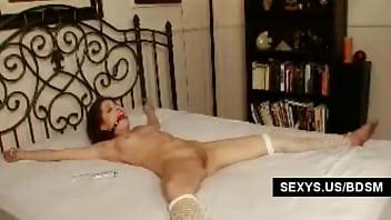 Beauty babe tied masturbated