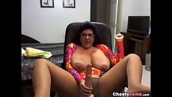 Ebony tits flash amateur