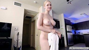 Blonde MILF Sarah Vandella pops her milf pussy for stepson and let him slide it inside her