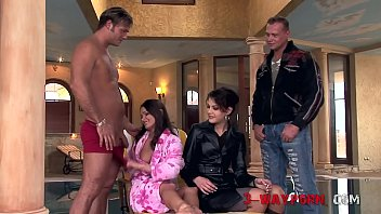 3-Way Porn - Extreme 3Some with Anal Gaping