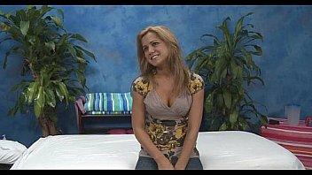 Belle chaudasse aime le massage...