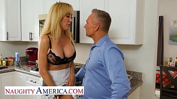 Naughty America - Brandi Love has a special Thanksgiving dinner planed for tonight