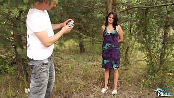 Sunny day help fake agent convince young brunette fuck in public