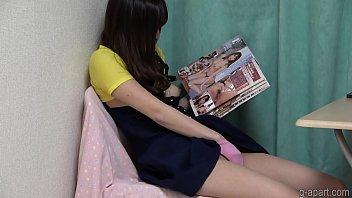 Sarina Kurokawa masturbating while reading a pornographic book
