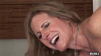 WANKZ- Cougar Jade Jamison Loves Her Warm Facial