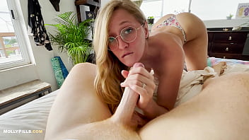 Hot Coffee and Morning Sex from Awesome Girlfriend - Molly Pills - Real Couple Homemade Porn