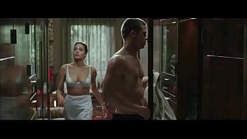 Angelina Jolie in Mr. & Mrs. Smith