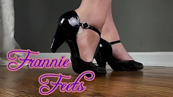 Sexy Frannie Feets Mashes And Tramples