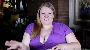 Busty BBW beauty enjoys nasty talking and frigging her juicy cunt
