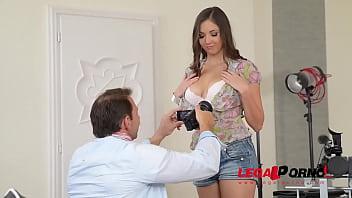 Orgasmic threesome sensation with double penetration loving teen Jay Dee GP842
