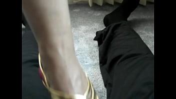 foot, boot & shoe fetish