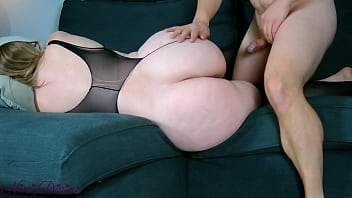 Nini Divine and her big round booty gets fucked very hard!